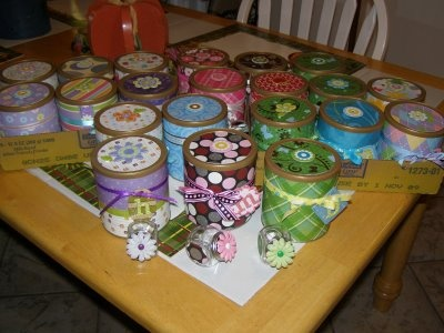 formula cans! cute!Gift Boxes, Crafts Idease Th, Decorated Jars, Decor Jars, Scrapbook Paper, Crafty Tidbits, Altered Art, Crafts Ideas Th, Painting Buckets