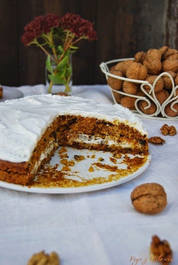 Pumpkin cake with coconut cream