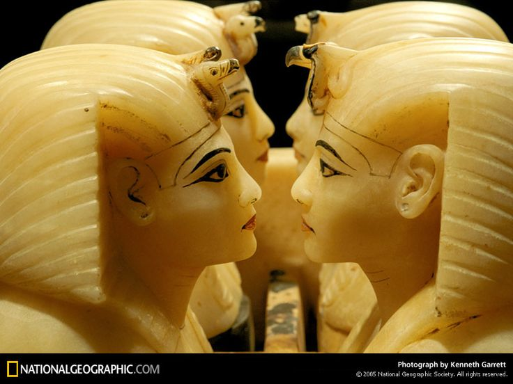 Photo: Alabaster Statues