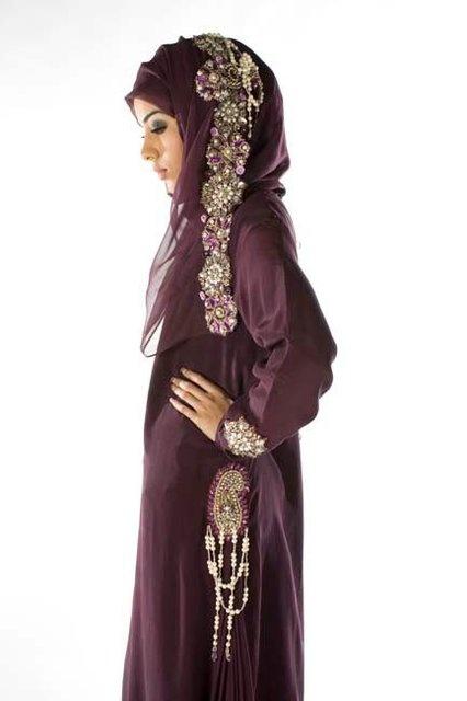beautiful abaya/islamic dressing