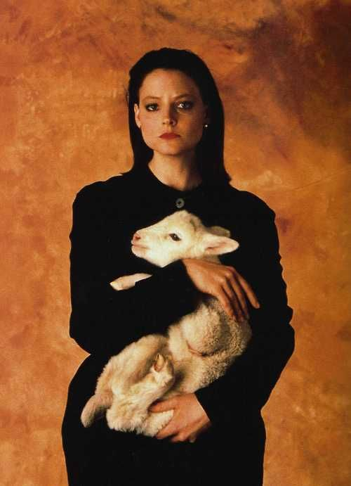 Jodie Foster - omg she's clarice starling! Silence of the lambs