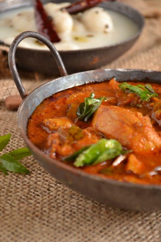 Kozhi Pidi /Chicken Curry and Rice Dumplings | kurryleaves