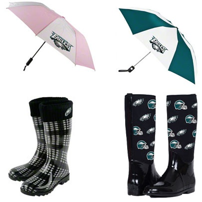 Don't get caught in the rain without your #Eagles gear!