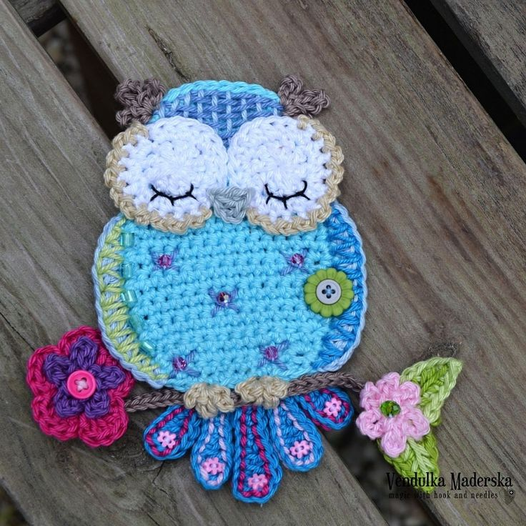 Blue Owl Applique Crochet Pattern