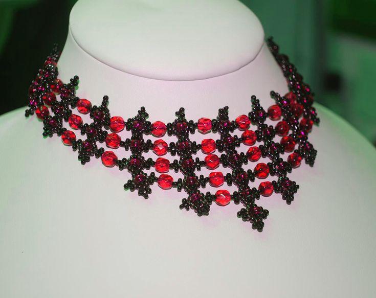 Free pattern for beautiful beaded necklace Lamborghini. Author of pattern is Viktoria Rumiantzeva