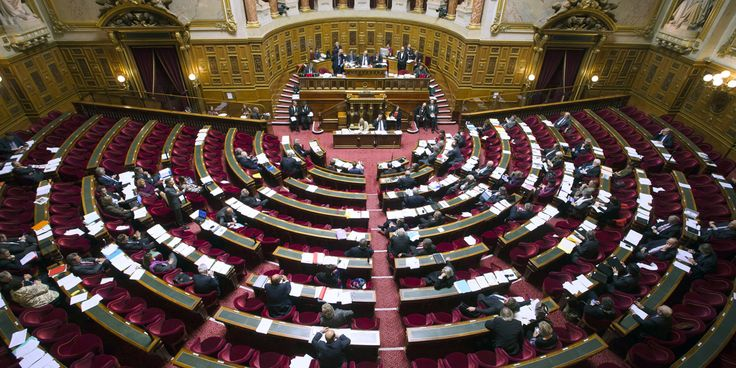 Les sénateurs ont largement adopté le projet de moralisation de la vie publique, jeudi, allant même souvent plus loin que les propositions du gouvernement.