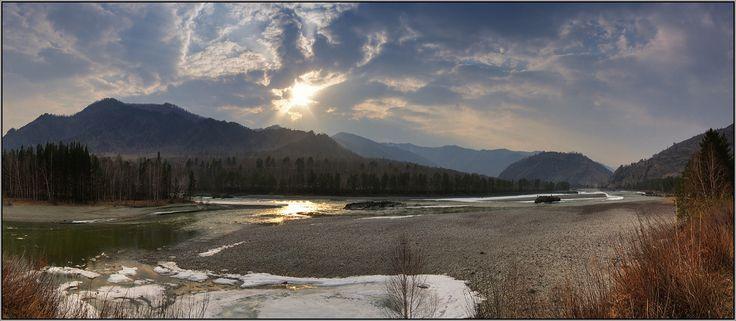 Апрельский вечер у Катуни. Горный Алтай, апрель 2008 #алтай #горы #горный алтай #катунь #вечер #апрель #закат #еланда #аня графова Автор: Аня Графова
