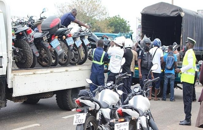 POLICE IMPOUND 149 UNREGISTERED MOTORBIKES AND 107 VEHICLES IN SPECIAL OPERATION