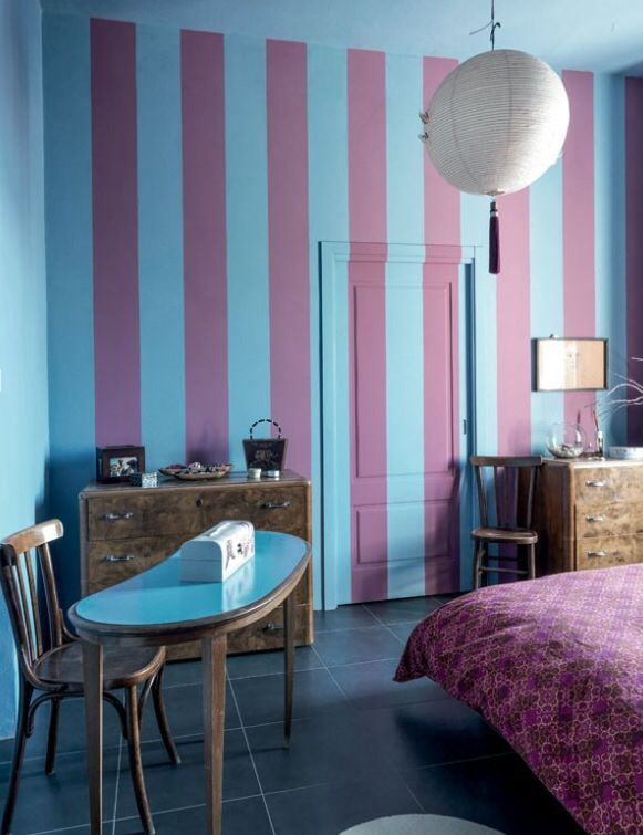 Pink Striped Bedroom In The Lake Cuomo Home If Italian Landscape Designer Dana Frigeiro