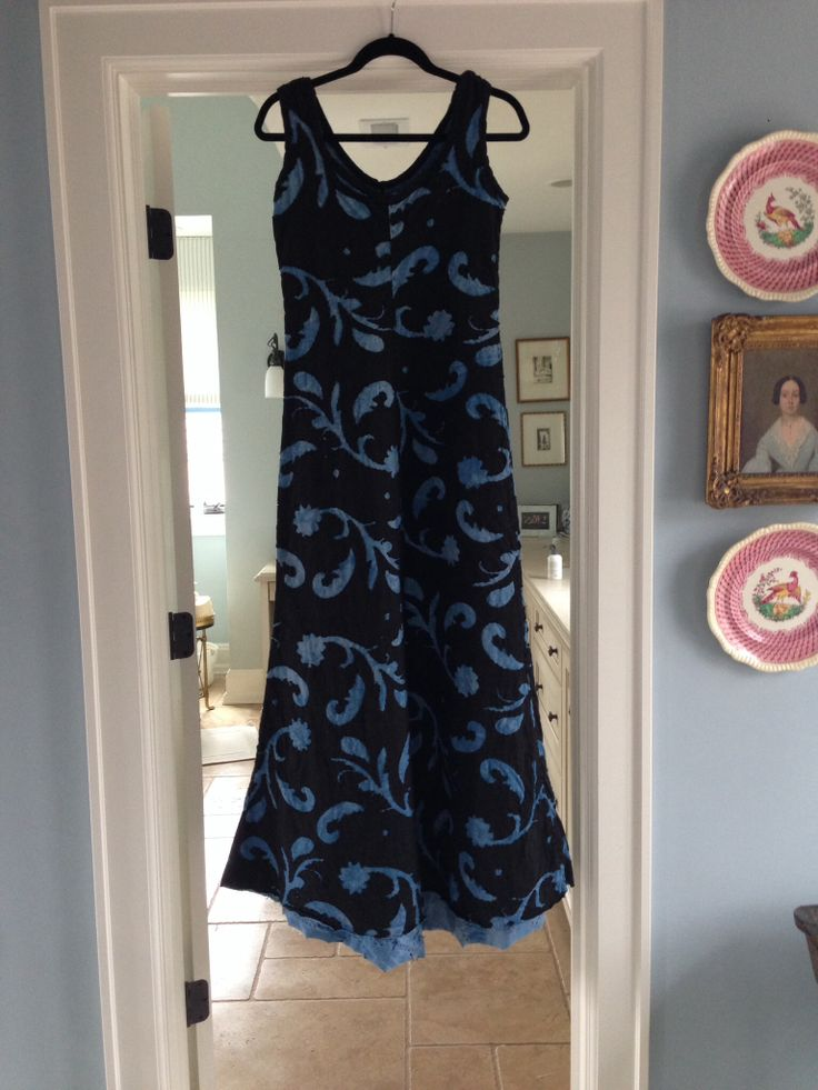 My Alabama Chanin DIY  Long Fitted Dress, Black with Indigo, reverse applique paisley stencil