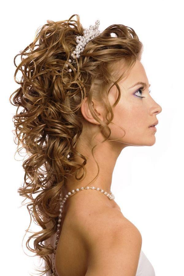 Peinados de novia con rizos recogidos