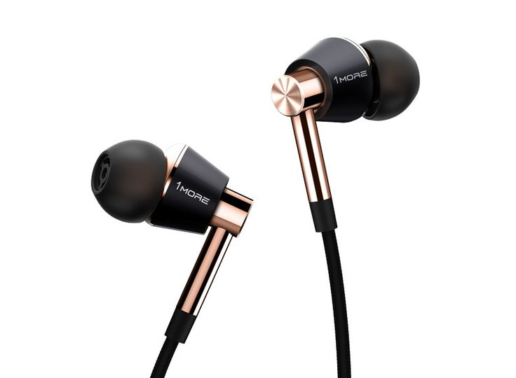 METICULOUS SOUND USING THREE DRIVERSTwo balanced armatures and a separate dynamic driver deliver an extremely powerful yet intimate listening experience. Togeth