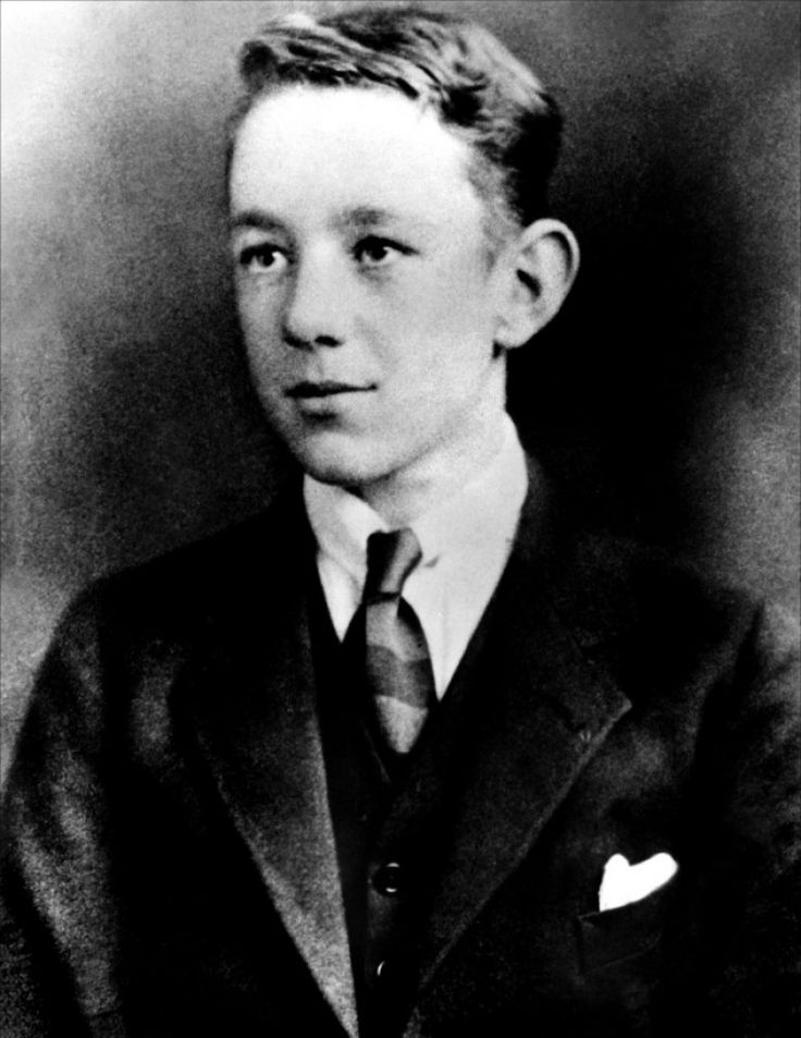 Alec Guinness as a very young man
