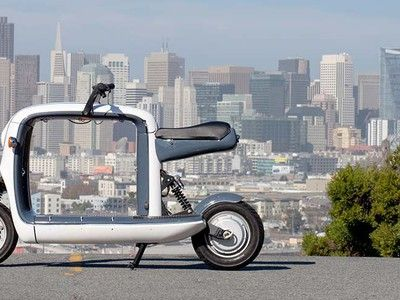 Next-gen electric scooter is like a two-wheeled pickup truck