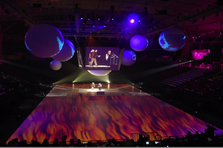 Ermis Advertising Awards Floor Moving Projections