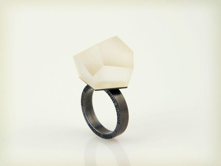 Vu - clear gold, ruthenium ring - =PYO=