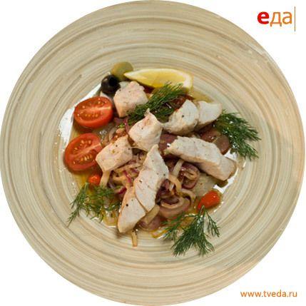 Рецепт. Маринованный морской окунь с сельдереем и виноградом