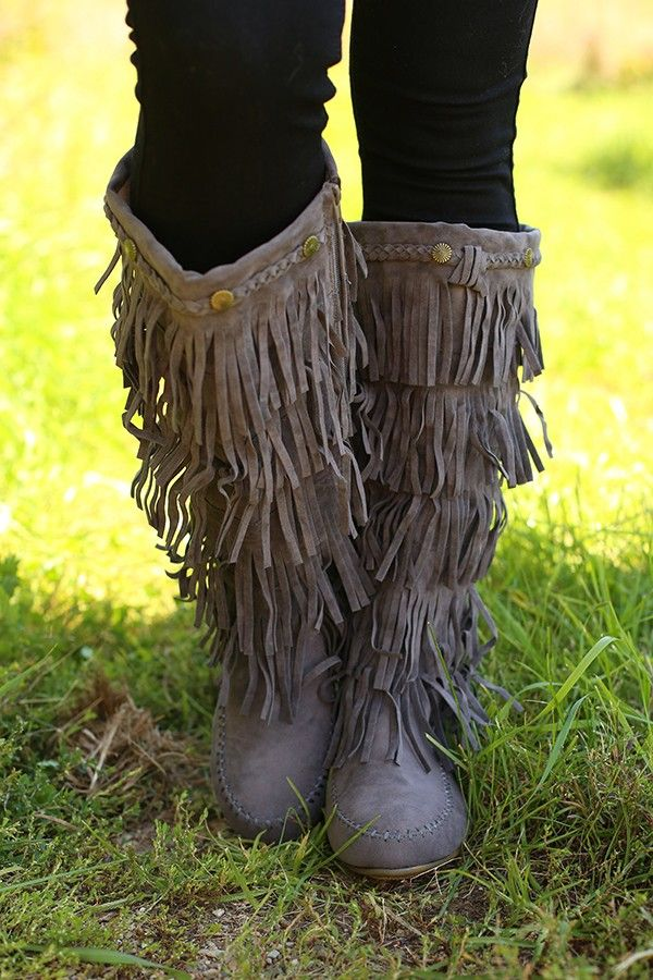 45 best images about Fashion boots on Pinterest   Ugg classic ...