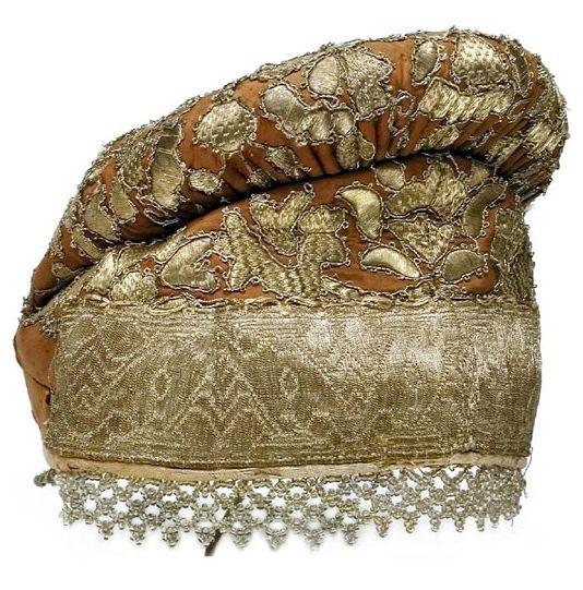 Russian embroidered headdress (povyazka).
