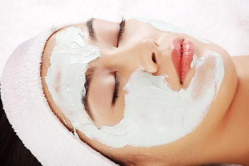 Today I will share one secret white clay mask that will remove all dark spots from your skin and your skin will become crystal clear White clay have many properties which are very beneficial for your skin. So if you want to get a clear glowing Skin and want natural glow plus shinny hair use …#mask#