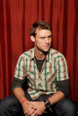 I have had a crush on this guy since he was in a Mary Kate and Ashley movie was back in the day! Jesse Spencer!