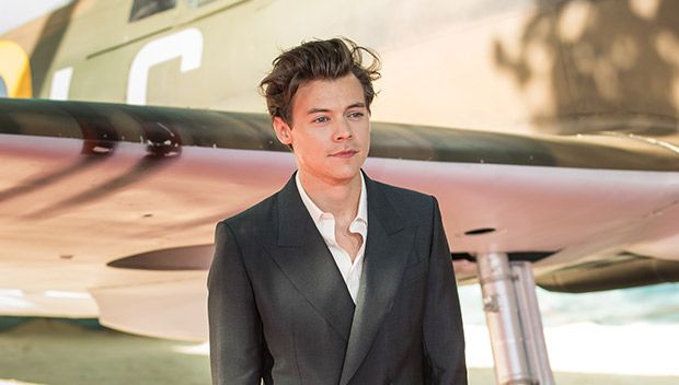 Is Harry Styles Retiring From Acting After Making His Debut In 'Dunkirk'? https://tmbw.news/is-harry-styles-retiring-from-acting-after-making-his-debut-in-dunkirk  Lights, camera, action! Harry Styles nailed his first major role on 'Dunkirk,' but is he already calling it quits when it comes to acting? The former 1D singer revealed his future plans for the big screen while hitting the red carpet at the star-studded premiere!Harry Styles, 23, will make his big-screen debut in Dunkirk on July…