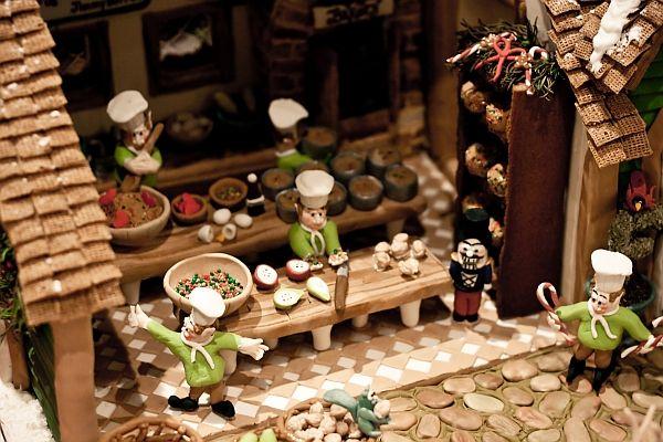 Tartelette: Pumpkin Semifreddo With A Side Of Gingerbread Houses