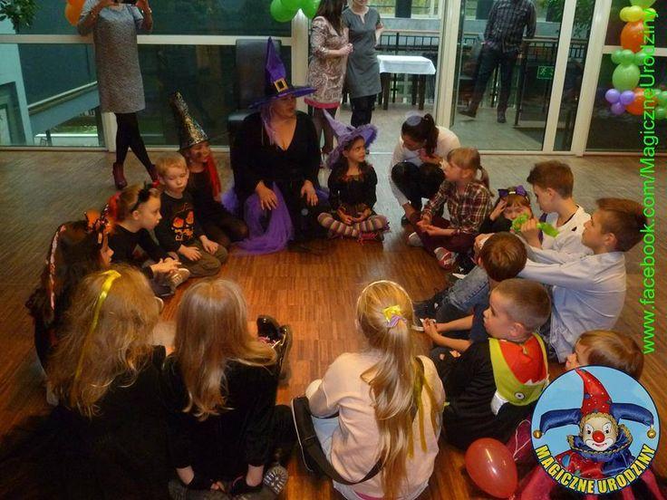 Podczas BRUNCHU 30.10.2016 r. przewidujemy mnóstwo Halloweenowych atrakcji dla Dzieci m.in. licytacja pianek, halloweenowe baloniki, malowanie twarzy, animacje, zabawy, konkursy. Drogie dzieci nie zapomnijcie się przebrać!