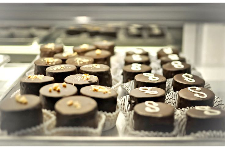 Semisweet Bakery... chocolate peanut butter potato chip dingaling