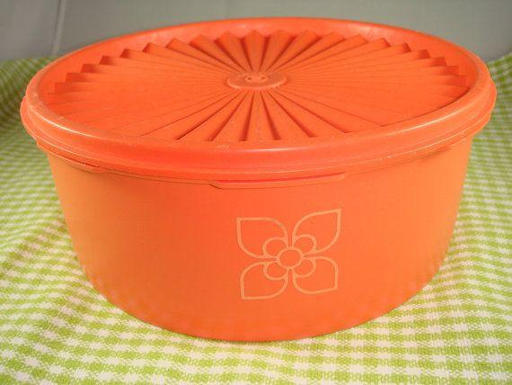 Tupperware oogst oranje opslag Container Vintage circa 1970s pers en verzegel Made in Groot-Brittannië