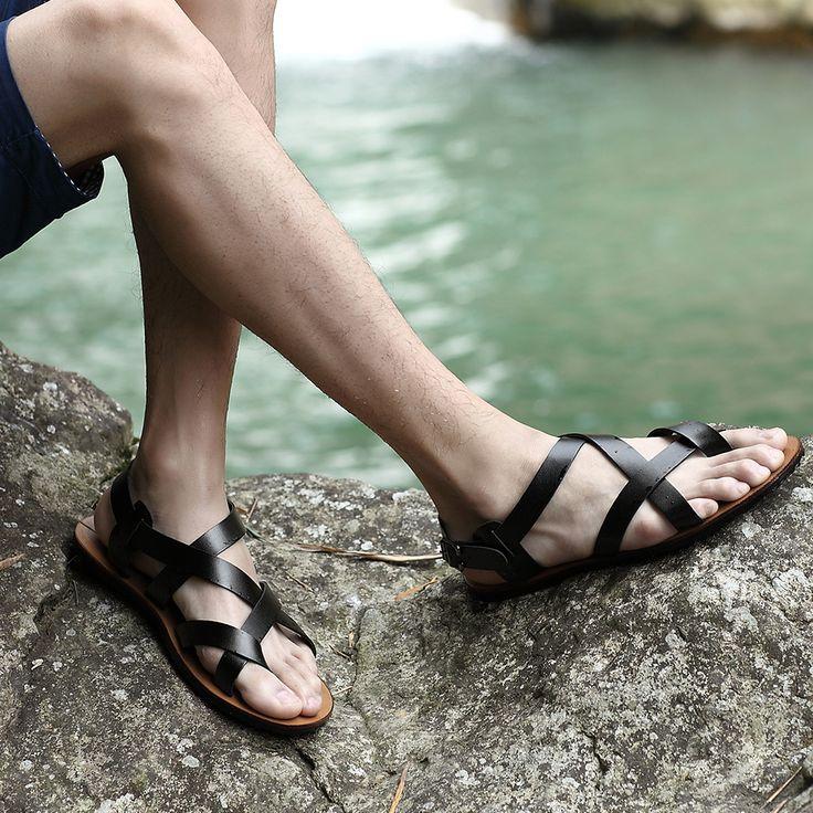 Aliexpress.com: Comprar 2015 del verano nuevas sandalias de cuero de lujo de la marca Catwalk moda casual para hombre sandalias de verano zapatos de estilo gladiador flip flops de Sandalias de Hombre fiable proveedores en stageshow