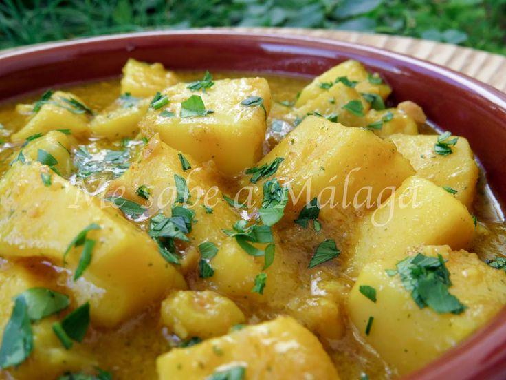 La jibia, también conocida como sepia, en salsa de almendras es uno de esos platos de la cocina tradicional malagueña muy sencillos con...