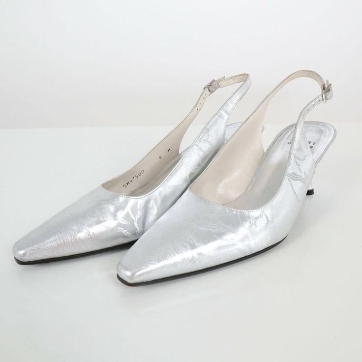 Laura Antonelli | Laura antonelli, Exercise sandals, Fashion