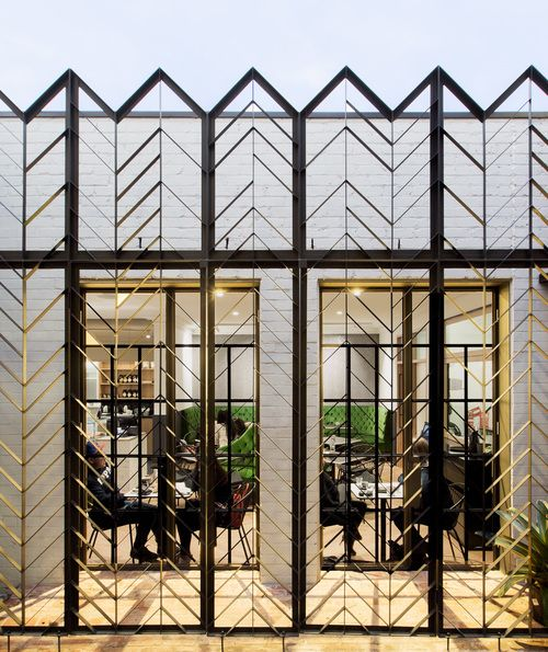 Bibelot. Steel work by Ficus Constructions. Designed by Breathe Architecture.