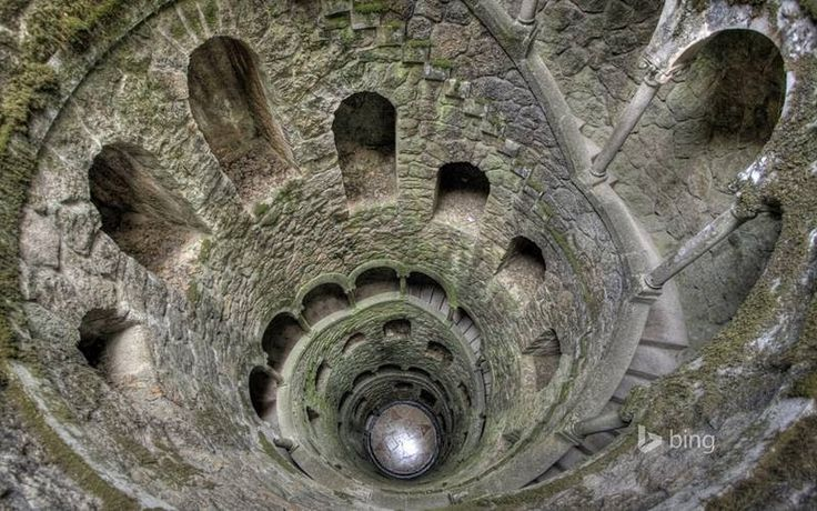 World's Beautiful Landscapes.: The Initiation Well | Quinta da Regaleira