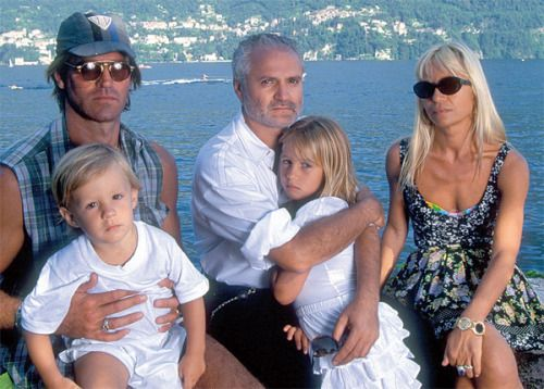vivaversace: Familia Versace: Paul Beck with son Daniel Beck Versace, Gianni Versace with his beloved niece Allegra Beck Versace, and Donatella Versace