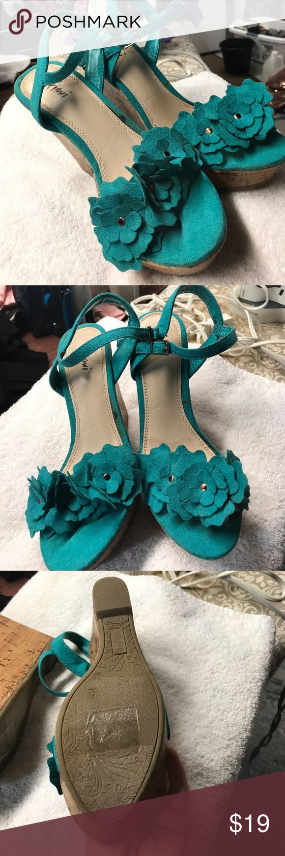 Never worn teal wedges Wedges never worn size 6 Shoes Wedges