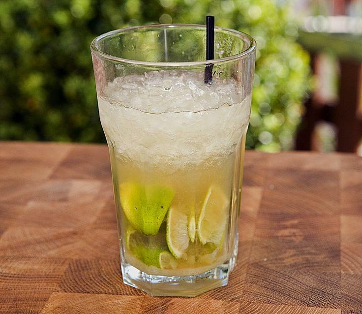 Caipirinha cocktail  Die 25+ besten Caipirinha rezept cocktail Ideen auf Pinterest ...