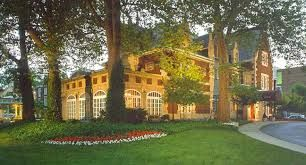 Glidden House Inn - A converted Mansion boutique hotel in University Circle, Cleveland, Ohio