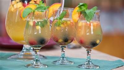Love sangria? Ponche de cava will be your new favorite drink