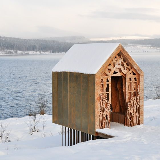 We asked Historic Carvers to let their imaginations run wild, to create new seating for a public space that harked back to Romanesque churches, but with an explicit contemporary twist…: Spaces, Freya S Cabin By Studio Weave, Art Studios, Tiny Houses, Architecture Design Packaging, Design Architecture, Contemporary Cabin, Freyas Cabin By Studio Weave