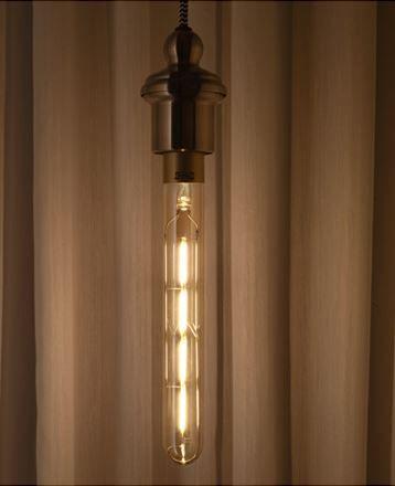 IKEA Deutschland | LUNNOM LED-Lampe E27 400 lm, ist dimmbar, röhrenförmig und aus Klarglas braun. LED-Lampen verbrauchen ca. 85 % weniger Energie und halten 10-mal länger als Glühlampen.