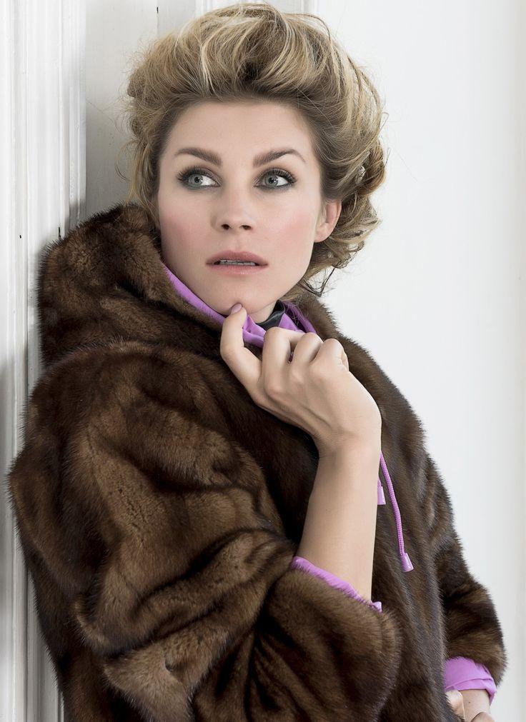 Furbe Transformer by Borello official e-tailer K-way. Reversible K-Way Jacket Trasforma la tua pelliccia in un capo nuovo ed esclusivo #fur #kway #jacket #reversible #pelliccia #Torino