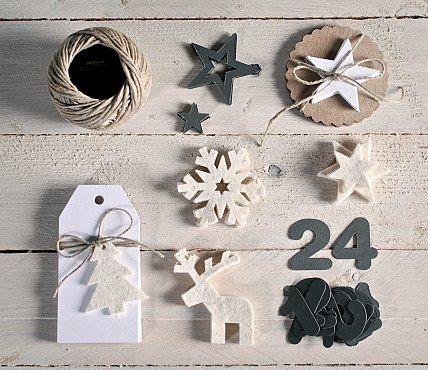 kit to make an Advent calendar