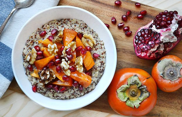 Persimmon Quinoa Breakfast Bowl: the stuff breakfast envy is made of. (Oh yeah, and it has lots of antioxidants, proteins and healthy fats, too!)  #breakfast #breakfastenvy #quinoa