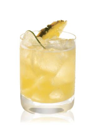 Patron Pineapple  1 oz. Patrón Tequila Silver  ¼ oz. Patrón Citrónge  Pineapple juice  Lime, squeezed  Garnish: pineapple chunk