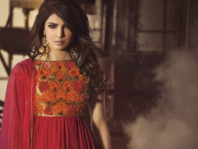 Priyanka Chopra is now the face of 'HEROINE', a premium fame inspired fashion label from the house of Jinaam Dresses. #Style #Bollywood #Fashion #Beauty