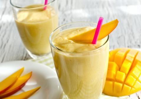 Smoothie cu clementine, persica si mango