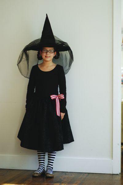 The 25+ best Diy witch costume ideas on Pinterest | DIY Halloween ...