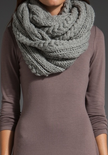 Giant Cable Infinity Scarf - Get to work on this Alana, pronto! lol. ;)